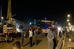 سقوط پل هوایی بر روی 2 خودرو ؛ 1 فوتی و 6 مصدوم
