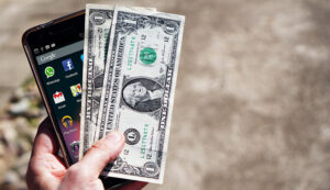 ۲ سیگنال مهم از بغداد و ریاض برای دلار تهران